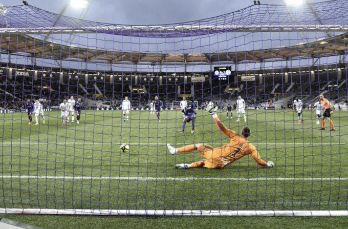 Le @RCSA a concédé 4️⃣ penalties lors de ses 4️⃣ derniers matchs, toutes compétitions confondues (1 encaissé, 3 ratés) ! #TFCRCSA 1-2 Photo
