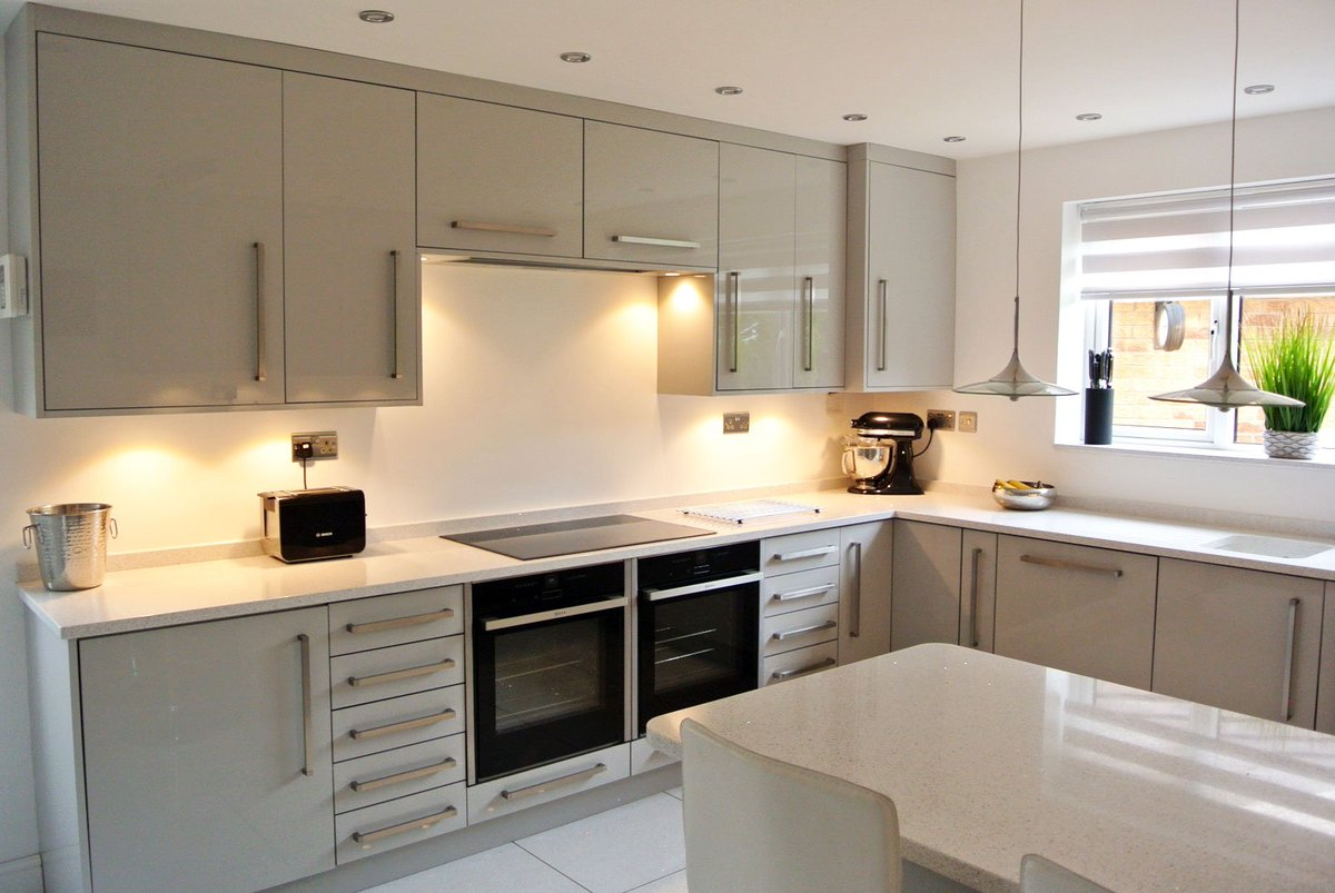 Diy Kitchens On Twitter Martyn Lesley From Rotherham Shows Us Their Newly Fitted Innova Altino Light Grey Kitchen Supplied By Diy Kitchens Ref 1155 Https T Co Dyuydkoqul Https T Co Erz4az1vzk