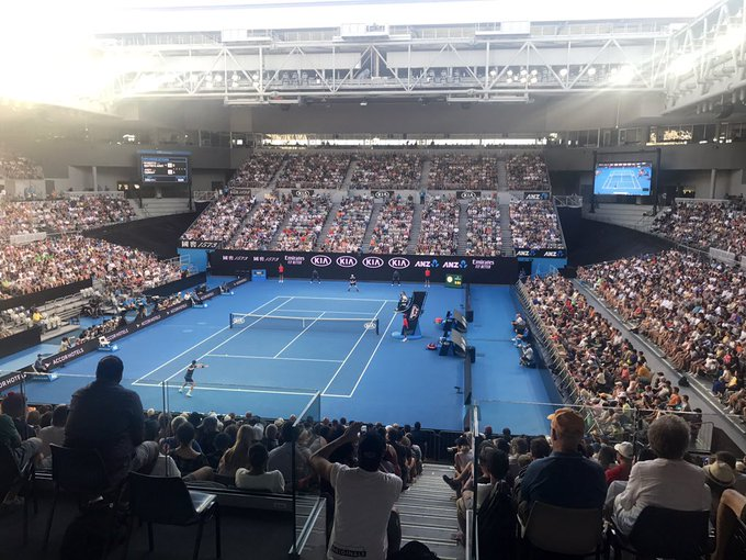 As Andy Murray holds his opening service game, the capacity crowd let out a roar as if he had just scored a goal at Hampden. Terrific atmosphere in the Melbourne Arena, which is open to ground pass holders. #AusOpen Photo