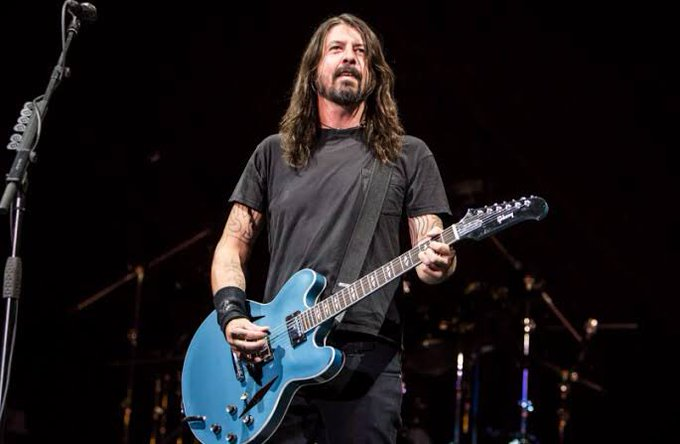 Happy 50th Birthday to a true Rock Legend @foofighters @Nirvana #davegrohl Foto