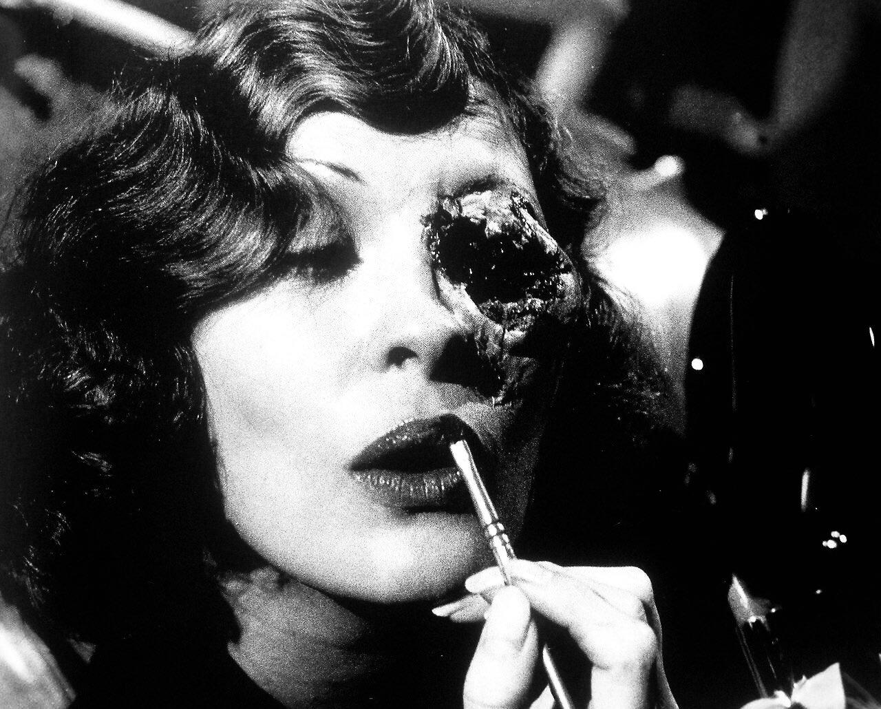 Happy birthday Faye Dunaway.