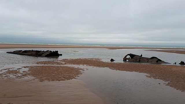 German #WWI #submarine wreck exposed off French coast | Read more: https://t.co/7CI5ZDJ8Sk