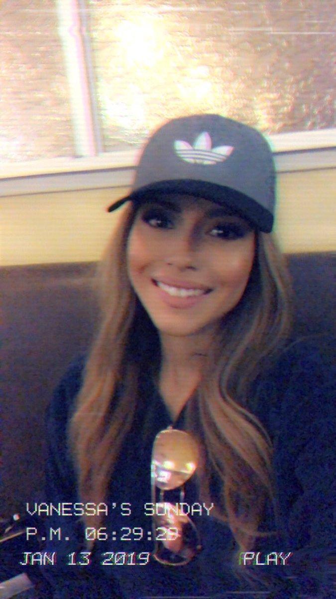 Vanessa Arteaga Missusvness Twitter Vanessa Videl Short Hair Jpg 675x1200 Vanessa Videl Short Hair