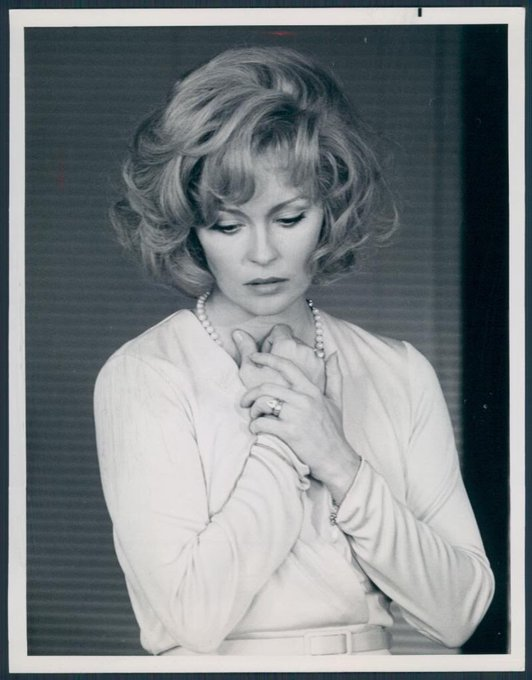 Happy 78th birthday Faye Dunaway