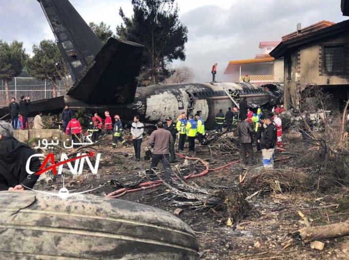❗️#Тегеран | #ИРАН ☾ Грузовой самолёт Боинг-707 разбился близ Тегерана. Есть погибшие. ⇢ 📌 🌐 Фото