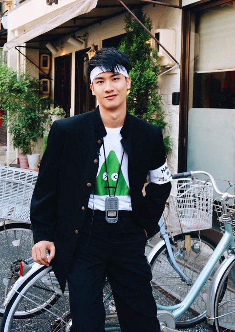 TO @Tawan_V LUCKY DAY LUCKY YEAR 😊😊 #fightingTaysang ✌💙 #FindTheWasabiNagoya ภาพถ่าย