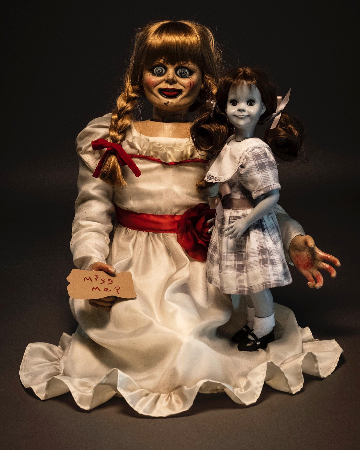 Trickortreat Studios Reveals New Annabelle Doll For Annabelle 3 Scarymovies
