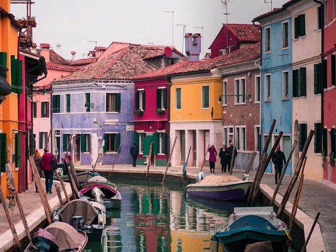 ☀️ Data la mattinata grigia un po' di colori. Buongiorno, amici, dall'Isola di Burano! ☀️ #14gennaio Foto