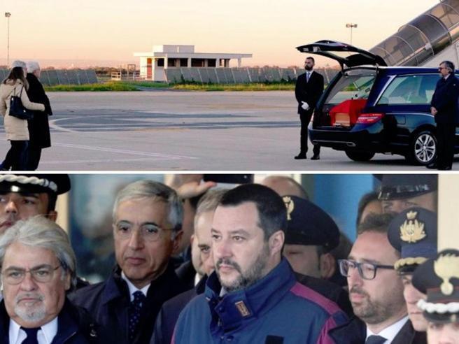 Polemica in Rete: per Battisti a Ciampino i big del governo, per Megalizzi solo Mattarella Foto