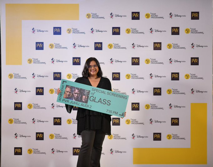 Our Creative Director @smritikiran flagging off our new look with the first screening of the year #MAMIYearRoundProgramme #GlassAtMAMI Photo