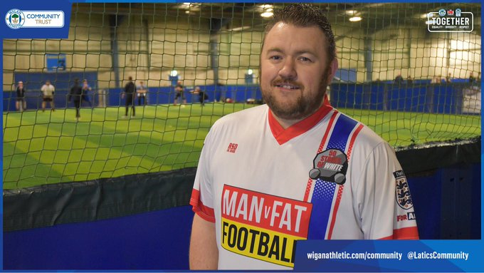 🗣️ @manvfat saved my life, I now go into shops and buy clothes without worrying that nothing will fit me. 🌟 Tom Ennion shares his inspirational story and explains how @lwfgonline has helped to turn his life around. ➡️ #NationalObesityAwarenessWeek Photo