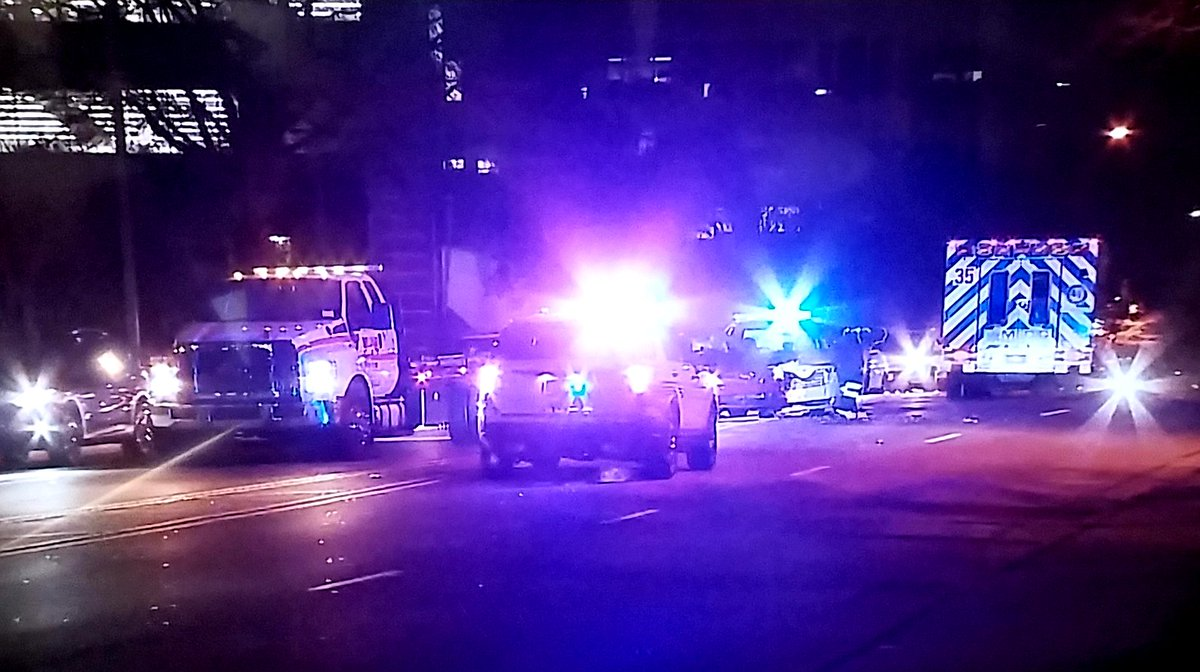 INJURY WRECK: Left lane BLOCKED both ways - E. Morehead St btwn South Blvd &amp; S. Caldwell St. #clttraffic #WCCB<br>http://pic.twitter.com/JPHXNecgbx