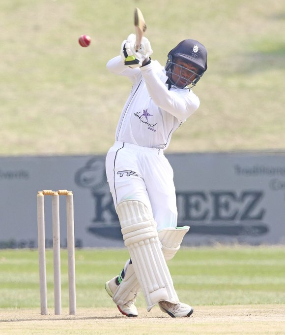 Congratulations to rising star and @Hollywoodbets Dolphins U19 Championship winner, Thamsanqa Khumalo, who made his first-class debut today in our #4DaySeries encounter with @KnightsCricket.🏏 We look forward to seeing him in our colours for years to come!👏 #DolphinsCricket 🐬 Photo