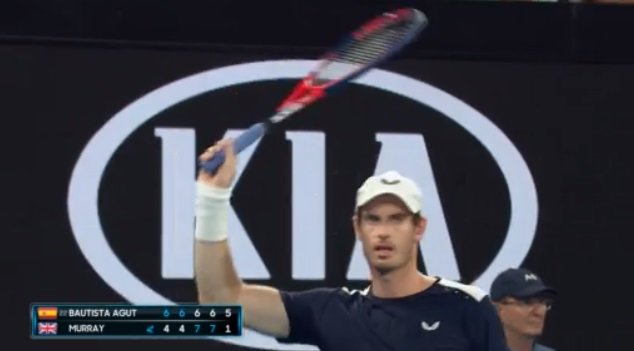 With #Murray serving to stay in the match, a standing ovation rattles Melbourne Arena. With tears in his eyes, Andy raises his racquet to acknowledge the crowd. #AusOpen Photo