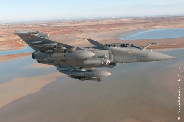 مقاتلات Rafale F4.2 شبحيه : ولكنها تظل ذات قدرات اقل من F-35 Dw3xsElWoAAHFpg