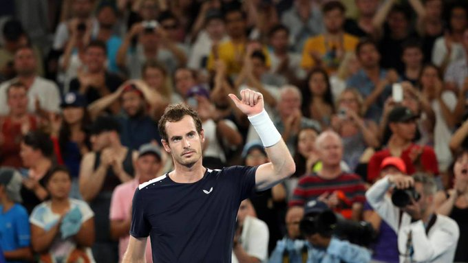 Andy Murray bids emotional farewell to Melbourne Park: Photo