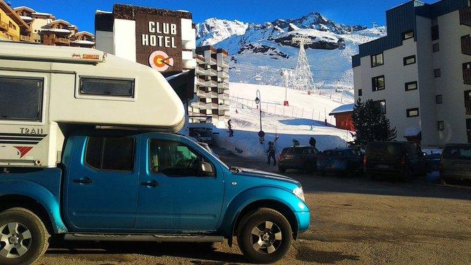 Bucho nos manda su primera esquiada del año ⛷️2019 ⛷️ nada más y nada menos que en algunos de los dominios más GRANDES del mundo [REPORTAJE] ➡️https://t.co/uYYIL1JiXE