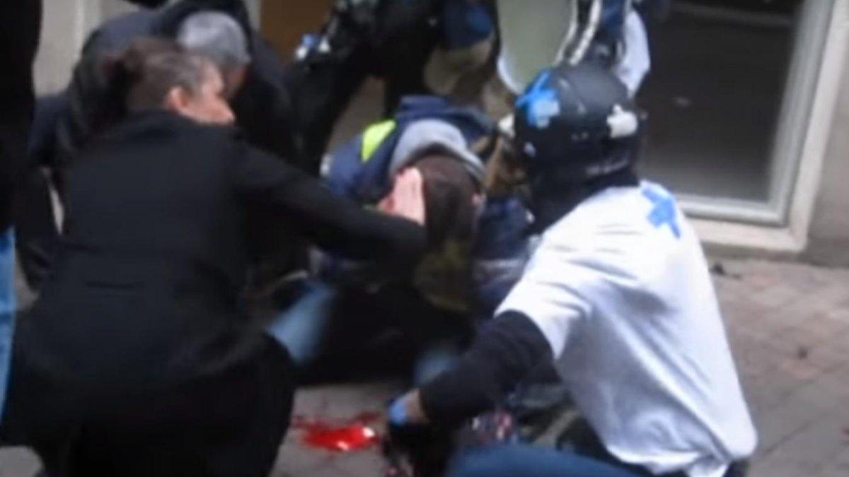 #Bordeaux Un #GiletJaune dans le coma, le préfet saisit l'IGPN https://t.co/6uGg3QYnfo