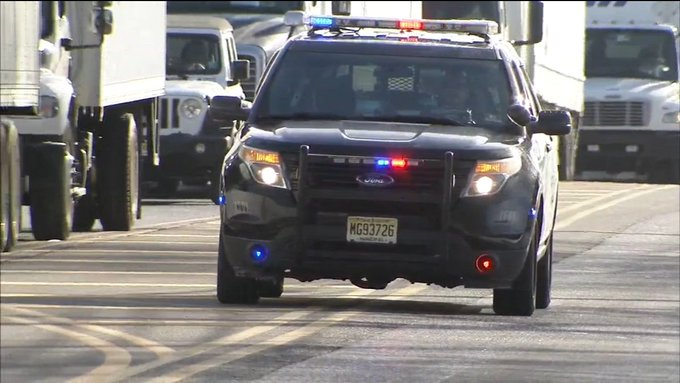 NJ UPDATE: Suspect shot, 2 female hostages freed at UPS facility in New Jersey; situation resolved, police said Photo