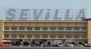El Aeropuerto cerró en 2018 el mejor año de su historia. Alcanzó los pasajeros, una subida del 24,9% respecto a 2017. @aena asegura que la colaboración con el @Ayto_Sevilla en la la promoción turística y de negocios ha sido fundamental Foto