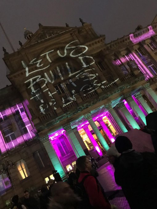 Some rare and amazing sights of the iconic Council House lit up in celebration of #Brum130! @BhamCityCouncil @CultureCentral Photo