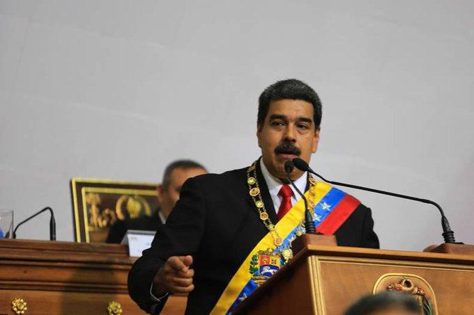 🔴 Pdte. @NicolasMaduro: Funcionarios que se presten a planes de sabotaje de la derecha serán destituidos #MaduroMemoriaYCuentaANC Photo