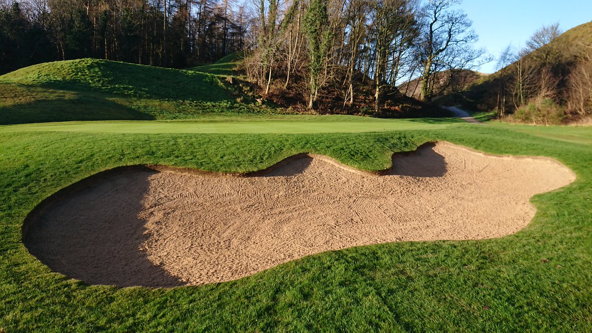test Twitter Media - New bunkers getting edged, tidied and finished off with their final layer of sand today. We've completed holes 1, 7, 17 and 18, must admit they're looking pretty sweet. https://t.co/nfm57kXGmZ