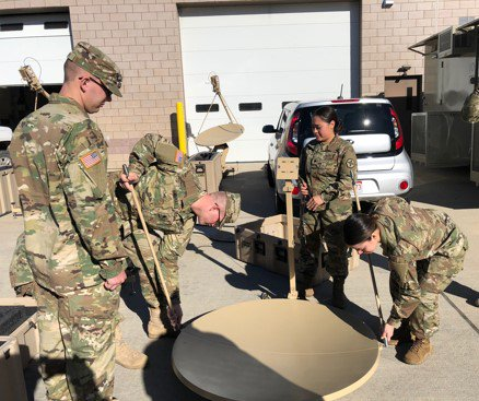 #USArmyReserve Soldiers with the @ESC364 provided hands-on training to specialists in order to increase equipment readiness: https://t.co/Vac714FSF4