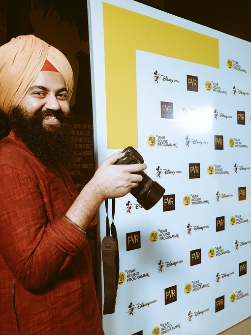If you have noticed a meteroic rise in the quality of the pictures for the screening today then he is the sole reason for raising the photo game !! Our very own @khamkhaArtist 👊🏻💪 #MAMIYearRoundProgramme #GlassAtMAMI @DisneyIndia Photo