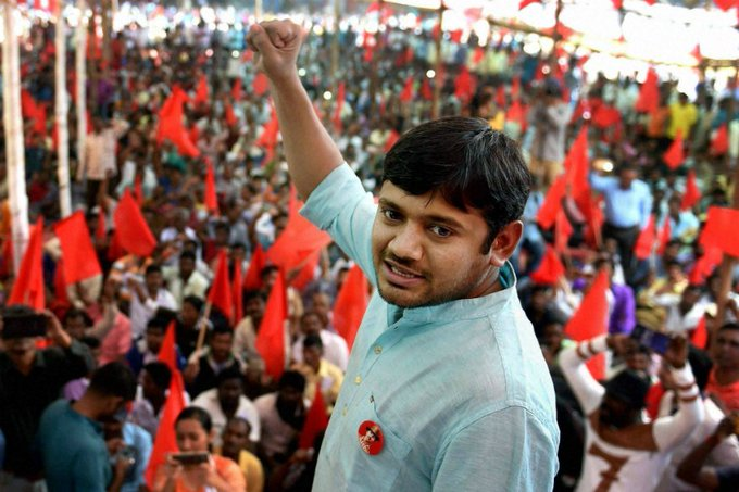 Three years after the controversial JNU event, Delhi police files sedition charges against @kanhaiyakumar , @UmarKhalidJNU & other student leaders charged. Details at 9 PM on India Biz Hour #JNUChargesheet Photo