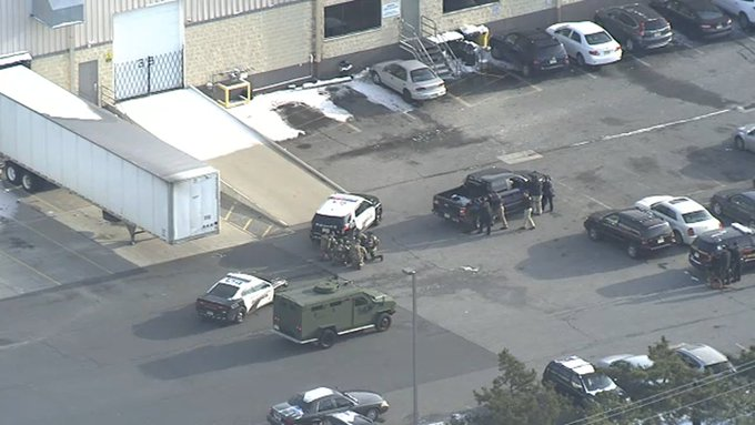 #BREAKING Police respond to active shooter situation at UPS facility in Gloucester County, New Jersey Photo