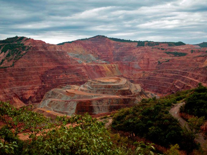 Newmont's Goldcorp deal further erodes Canada's gold clout Photo