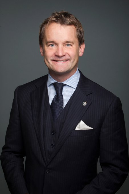 Federal Cabinet Shuffle - Seamus O'Regan to be the Minister of Indigenous Services! Congrats on the new role. The CAR looks forward to working with him on the tuberculosis elimination framework. 🔗 Read more on the CAR's plan for TB eradication: Photo