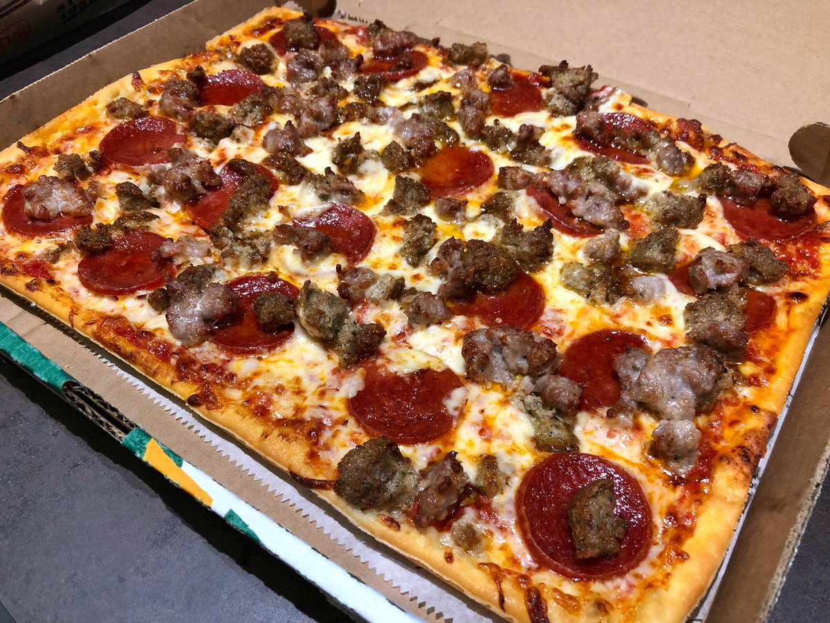 Retweet this if you have a #Snowday and want some #LedoPizza!  <br>http://pic.twitter.com/aRxM5PdA39