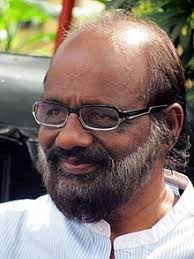 RIP - #LeninRajendran, noted Malayalam new generation director of the 1980's (Swati Thirunal, Venal, Chillu, Meenamasithile Sooriyan) and a left sympathiser currently Kerala State Film Development Corporation chairman, passed away at pm today at Apollo hospital in Chennai. Photo