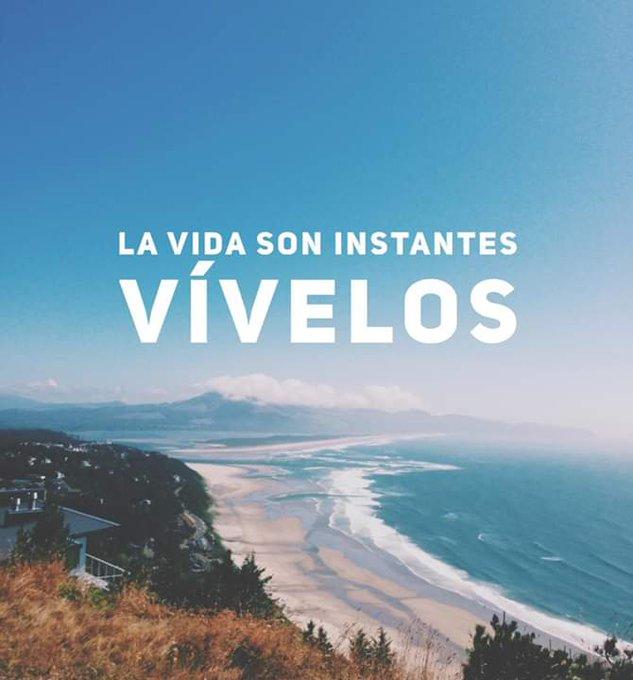 ¡A disfrutar cada instante de la vida! 🌊#BuenInicioDeSemana Foto