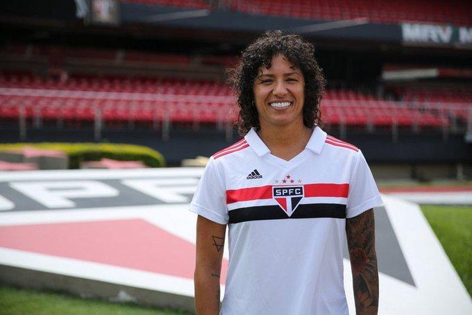 La delantera brasilera #Cristiane fue anunciada como nueva jugadora del São Paulo. La medallista de plata olímpica, ha vestido las camisetas del Corinthians, Santos, PSG y su último equipo fue Changchun Yatai en la liga China. Foto