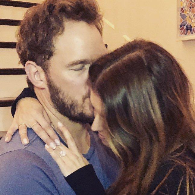 Wedding bells! Chris Pratt y Katherine Schwarzenegger están comprometidos y esta fotografía (publicada por el actor) lo comprueba. Photo