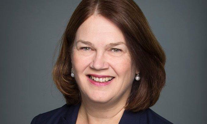 Ottawa - Jane Philpott, présentement ministre des Services aux Autochtones et vice‑présidente du Conseil du Trésor, devient présidente du Conseil du Trésor et la ministre du Gouvernement numé Photo