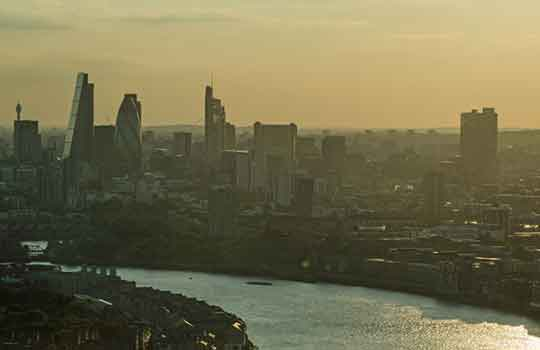UK sets target to halve exposure to toxic air in 10 years #CleanAirStrategy @UKHealthClimate Photo