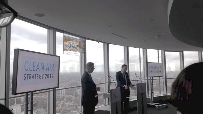 Today we attended the launch of the govt #CleanAirStrategy, where @michaelgove and @MattHancock jointly discussed the health effects of air pollution. We look forward to the strategy being translated into action. No one should have to breathe toxic air. Photo