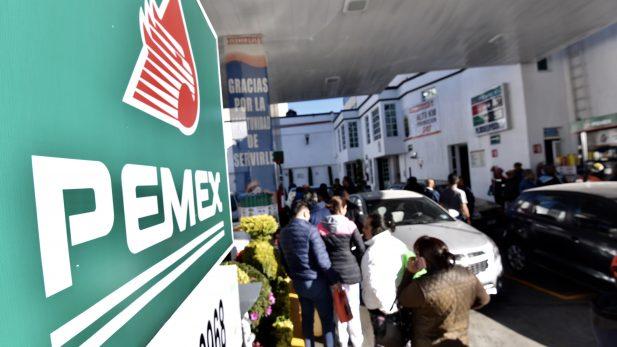#RecomendamosTambién: Tour de Pemex para generar confianza costó 10 mil mdp al país, por Carlos Loret de Mola @CarlosLoret, Foto