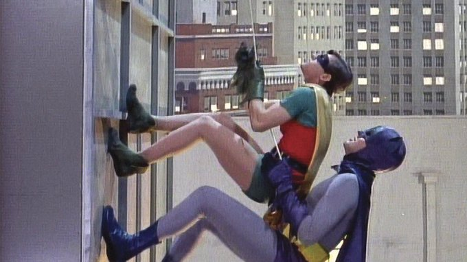 #IKeepMyFigureBy working out regularly. A workout that includes equal focus on upper and lower body is essential, and those long Batclimbs are impossible if you're not in peak physical condition. Photo