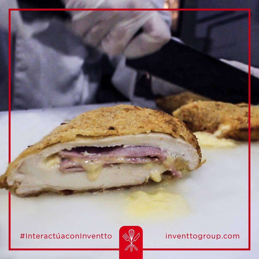 #CocinaInventto  --- #rational #hornos #cocinasinteligentes #cocinas #chef #cocinasmodernas #equiposindustriales #industrialkitchen --- comunicaciones@inventtogroup.com  Sitio web http://www.inventtogroup.compic.twitter.com/n0j7uZS50i