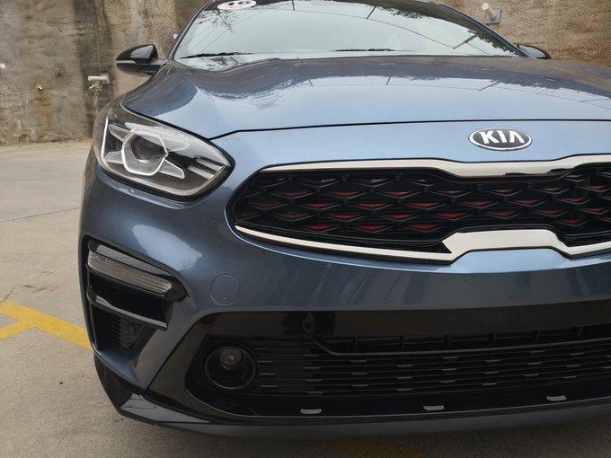 Llega a México el nuevo @KiaMotorsMexico #KIAForte GT, e iniciamos prueba de manejo. Ya les iremos Foto