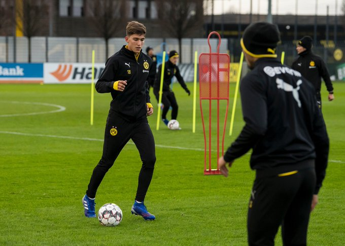 💪 Direkt mit der Mannschaft am ⚽️: Leonardo #Balerdi Foto
