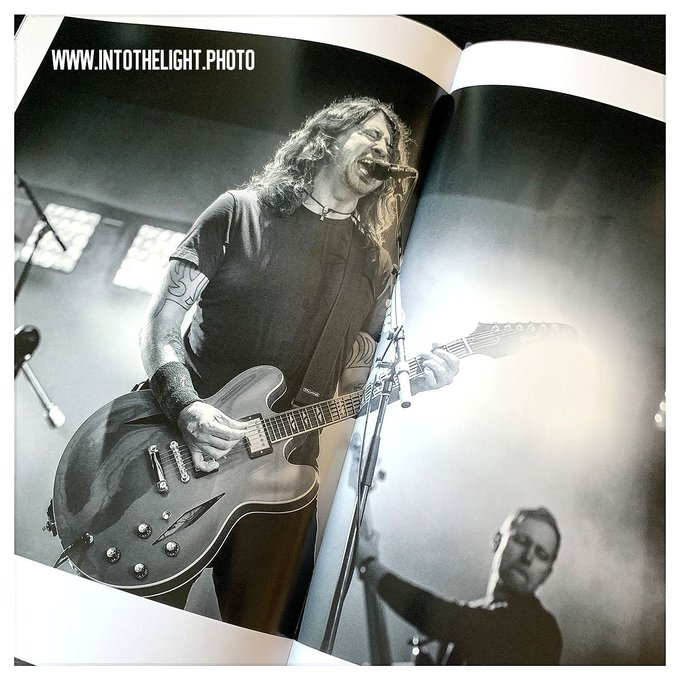 Happy 50th to #DaveGrohl of #FooFighters! Photo: © Foto