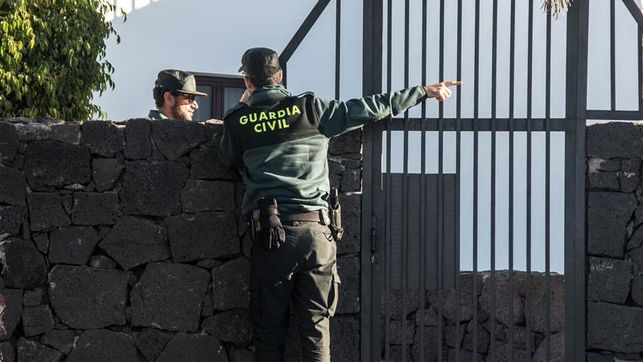 NUEVOS DATOS El marido de la joven desaparecida en Lanzarote reconoce que se deshizo del cuerpo arrojándolo al mar Foto