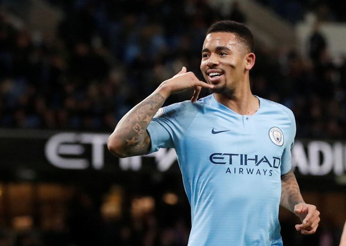 #PremierLeague #TOTMUN 📈 🇧🇷 El 2019 de GABRIEL JESUS con el Manchester City: 🆚 Rotherham - ⚽️ 🆚 Burton Albion - ⚽️⚽️⚽️⚽️🅰️ 🆚 Wolverhampton W. - ⚽️⚽️ ➗ Un gol/asistencia cada 32 minutos. De récord. Photo