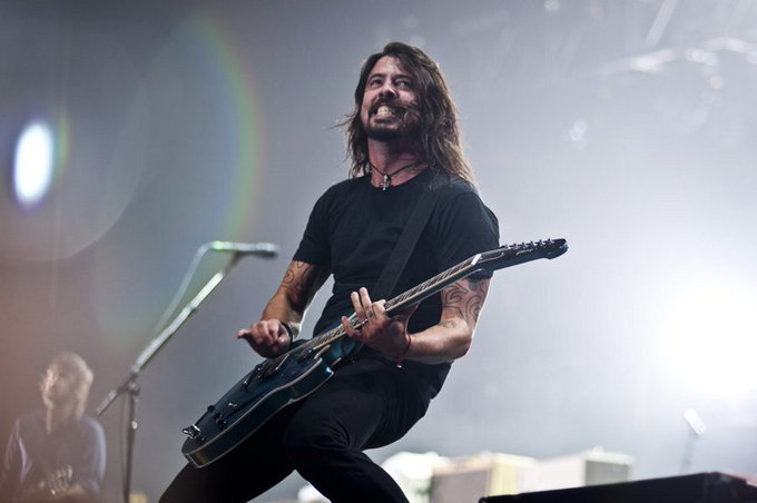 A Very Happy (BIG) Birthday to American singer/songwriter, drummer and guitarist with rock bands Nirvana and Foo Fighters, Dave Grohl, 50, born 14 January 1969 in Springfield, Virginia. @FooFightersDave Photo